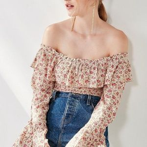 NWOT Kimora Smocked Ruffle Off-The-Shoulder